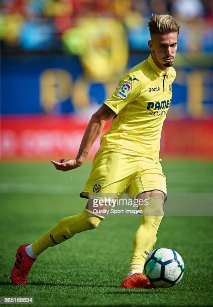 Samuel Castillejo of Villarreal in action during the La Liga match between Villarreal and Las Palmas at Estadio De La Ceramica on October 22 2017 in...