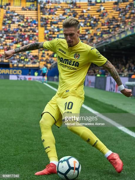 Samuel Castillejo of Villarreal in action during the La Liga match between Villarreal and Girona at Estadio de La Ceramica on March 3 2018 in...