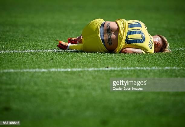 Samuel Castillejo of Villarreal lies on the pitch during the La Liga match between Villarreal and Las Palmas at Estadio De La Ceramica on October 22...