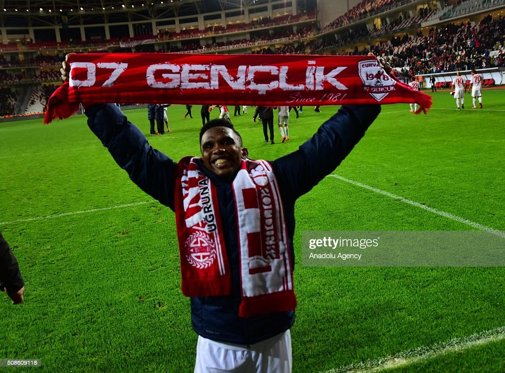 Samuel Eto'o of Antalyaspor celebrates his team's victory over Fenerbahce after the Turkish Spor Toto Super Lig football match in Antalya, Turkey on February 5, 2016.