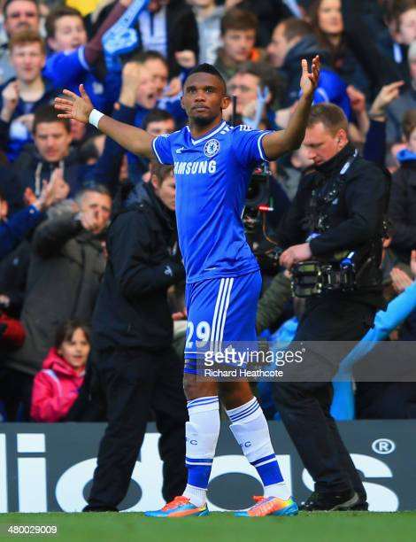 Samuel Eto'o of Chelsea celebrates scoring the opening goal uring the Barclays Premier League match between Chelsea and Arsenal at Stamford Bridge on...