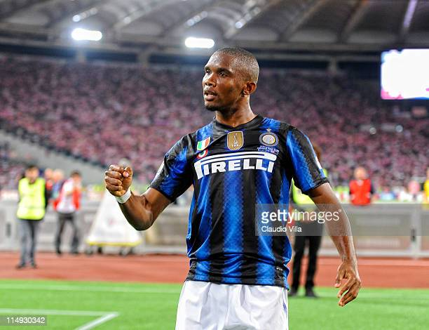 Samuel Eto'o of Inter Milan celebrates scoring the second goal during the Tim Cup final between FC Internazionale Milano and US Citta di Palermo at...