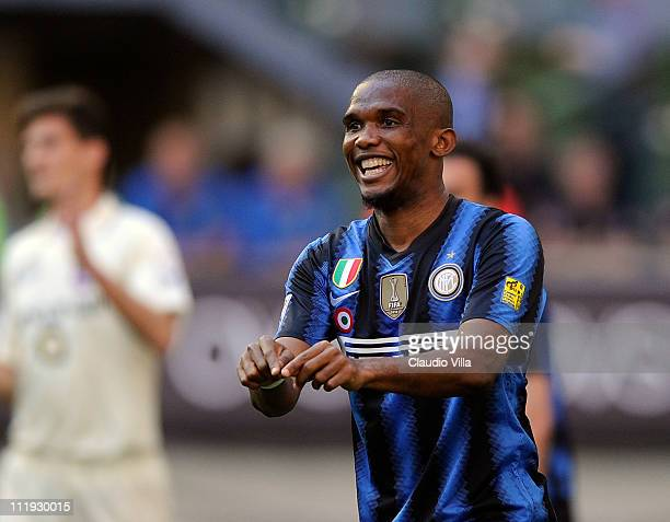 Samuel Eto'o of Inter Milan gestures during the Serie A match between FC Internazionale Milano and AC Chievo Verona at Stadio Giuseppe Meazza on...