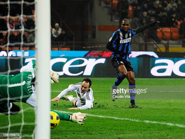 Samuel Eto'o of Inter Milan scores the first goal during the Serie A match between Inter and Cesena at Stadio Giuseppe Meazza on January 19, 2011 in...