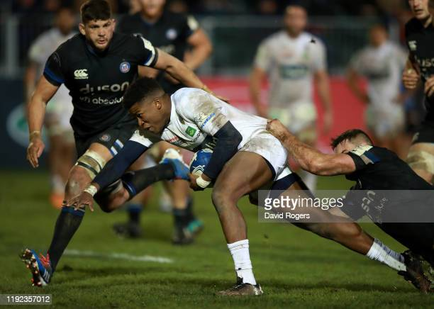 Samuel Ezeala of Clermont Auvergne dives over for their second try during the Heineken Champions Cup Round 3 match between Bath Rugby and ASM...