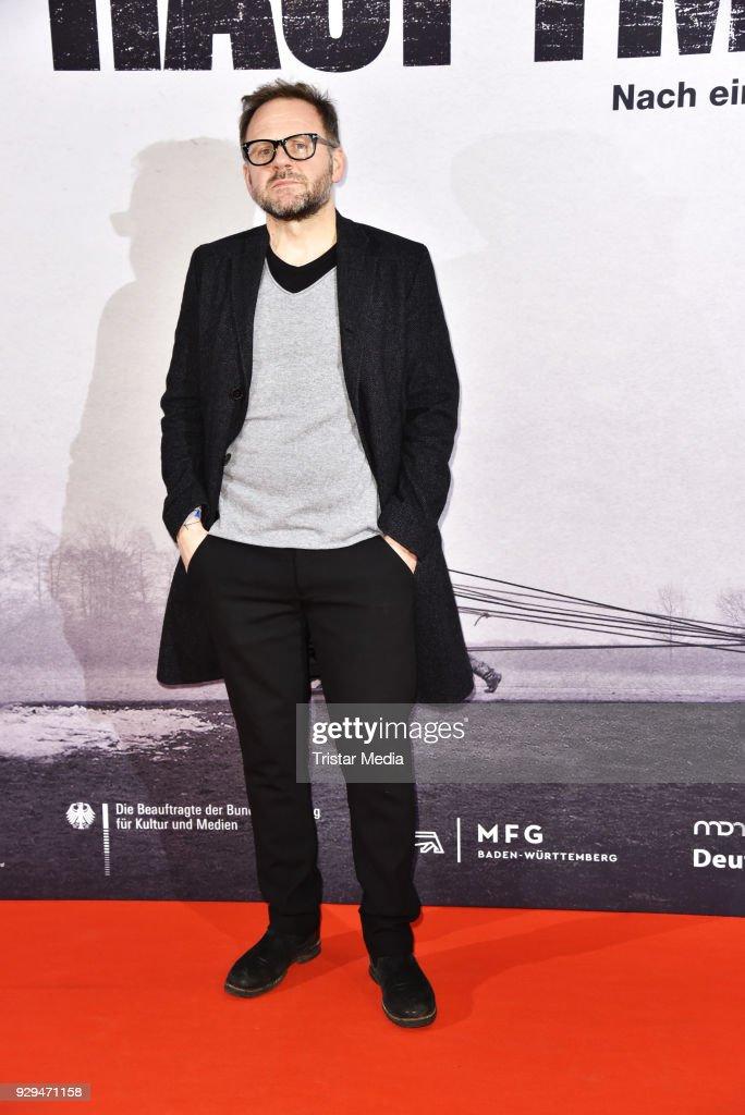 Samuel Finzi attends the premiere of 'Der Hauptmann' at Kino International on March 8, 2018 in Berlin, Germany.