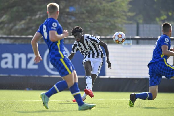 Samuel Iling Junior of Juventus during the UEFA Youth League match between Juventus U19 and Chelsea FC U19 at Juventus Center Vinovo on September 29,...
