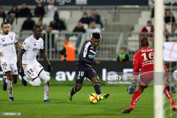 Samuel Kalu of Bordeaux kicks the ball to delivers the decisive pass to Andreas Cornelius during the Ligue 1 match between Bordeaux and Dijon at...
