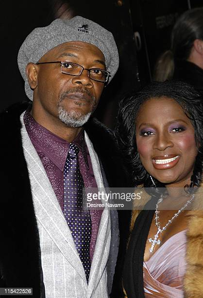 Samuel L Jackson and his wife LaTanya Richardson during Freedomland World Premiere Outside Arrivals at Loews Lincoln Square in New York City New York...