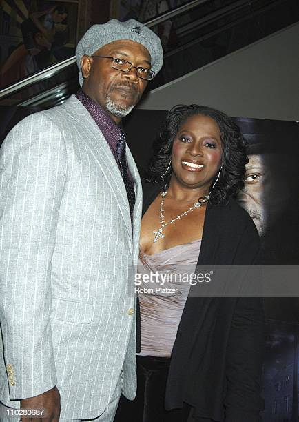 Samuel L Jackson and wife LaTanya Richardson during Freedomland World Premiere Inside Arrivals at The Loews Lincoln Square Theatre in New York New...