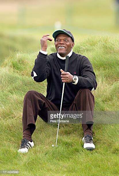 Samuel L. Jackson vents some frustration during the third round of the Dunhill Links Championship at the Carnoustie Golf Club. October 9, 2004.
