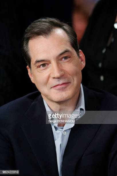 Samuel Labarthe attends vivement Dimanche Tv show in Paris France on May 11 2011