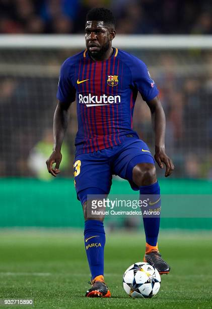 Samuel Umtiti of Barcelona controls the ball during the UEFA Champions League Round of 16 Second Leg match between FC Barcelona and Chelsea FC at...