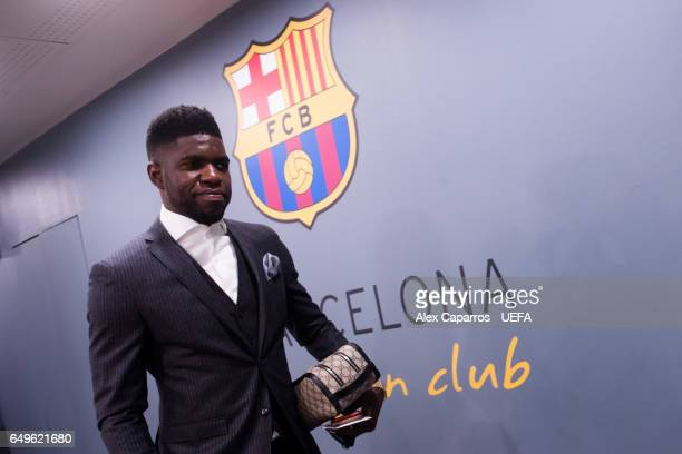 Samuel Umtiti of FC Barcelona arrives at his dressing room ahead of the UEFA Champions League Round of 16 second leg match between FC Barcelona and...