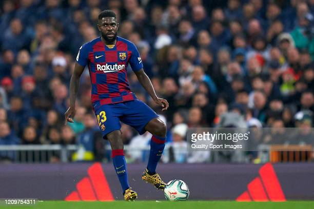 Samuel Umtiti of FC Barcelona with the ball during the Liga match between Real Madrid CF and FC Barcelona at Estadio Santiago Bernabeu on March 01...