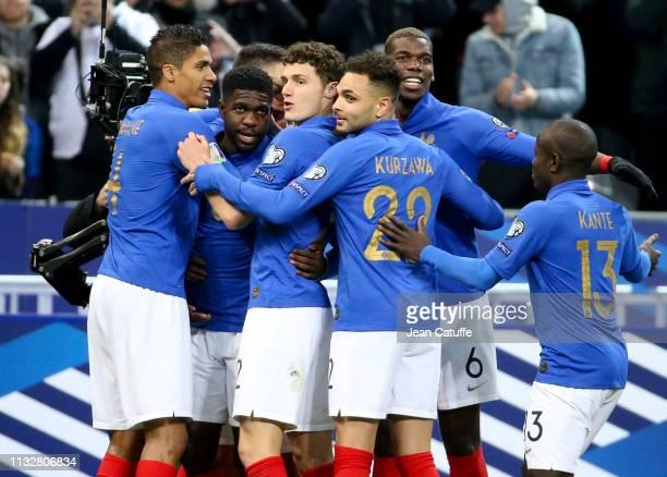 Samuel Umtiti of France celebrates his goal with Raphael Varane Benjamin Pavard Layvin Kurzawa Paul Pogba and teammates during the 2020 UEFA European...