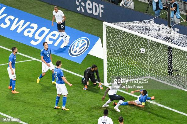 Samuel Umtiti of France scores a goal during the International Friendly match between France and Italy at Allianz Riviera Stadium on June 1 2018 in...