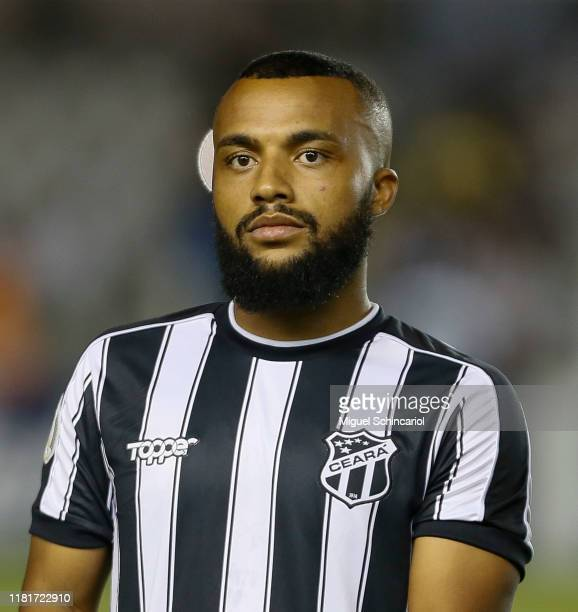 Samuel Xavier of Ceara looks on before a match between Santos and Ceara for the Brasileirao Series A 2019 at Vila Belmiro Stadium on October 17, 2019...