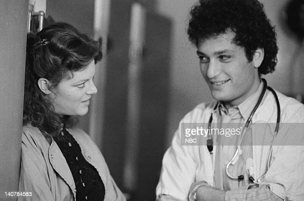 ST ELSEWHERE Samuels and the Kid Episode 5 Pictured Barbara Whinnery as Dr Cathy Martin Howie Mandel as Dr Wayne Fiscus Photo by Jack Hamilton/NBCU...