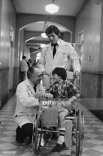 """Samuels and the Kid"""" Episode 5 -- Pictured: Ed Flanders as Dr. Donald Westphall, David Birney as Dr. Ben Samuels, Jeremy Licht as Robbie Durant --..."""