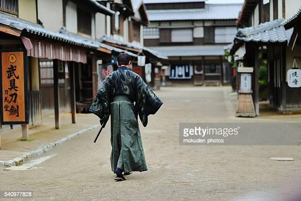 侍歩きの街 - edo period ストックフォトと画像