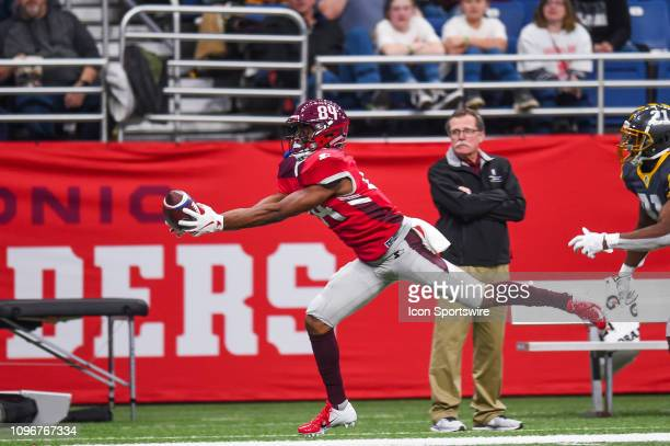 San Antonio Commanders wide receiver Greg Ward Jr catches a pass during the AAF game between the San Diego Fleet and the San Antonio Commanders on...