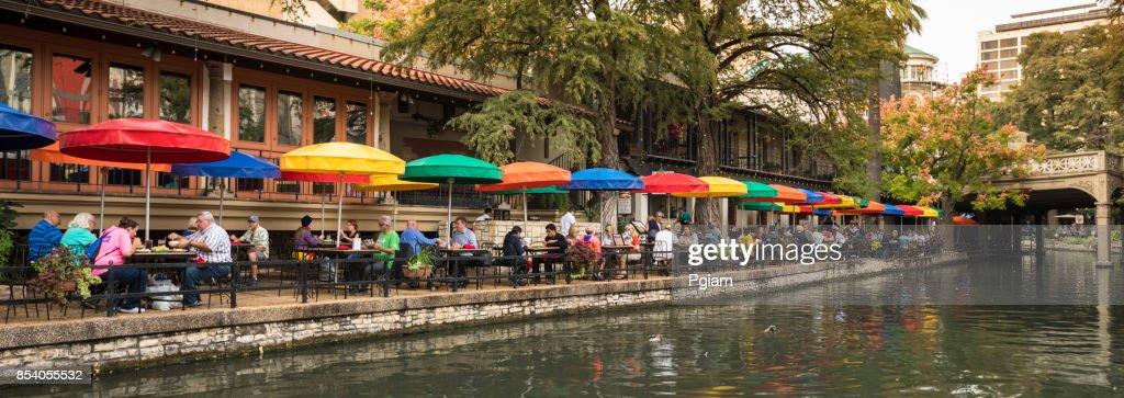 Panorama de canal San Antonio Riverwalk : Foto de stock