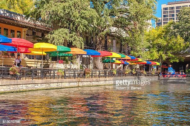 san antonio riverwalk - san antonio river walk stock photos and pictures