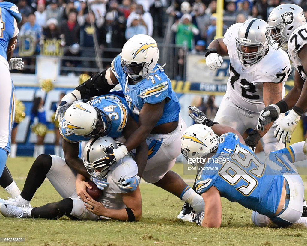 NFL: DEC 18 Raiders at Chargers : News Photo