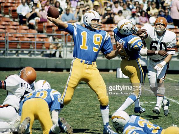 San Diego Chargers quarterback Johnny Unitas , inducted to the Pro Football Hall of Fame class of 1979, fires a pass during a 20-13 loss to the...