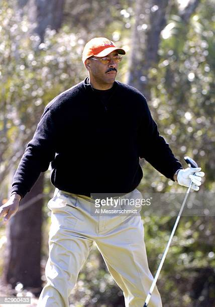 San Diego Chargers tight end Kellen Winslow competes in the 20th annual Super Bowl NFL Charities Golf Classic at Amelia Island Plantation February 5...