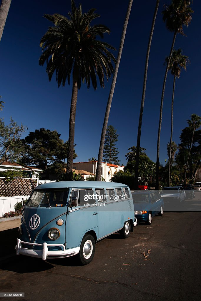 Vw San Diego >> Usa San Diego Old Vw Bus In Ocean Beach Pictures Getty Images