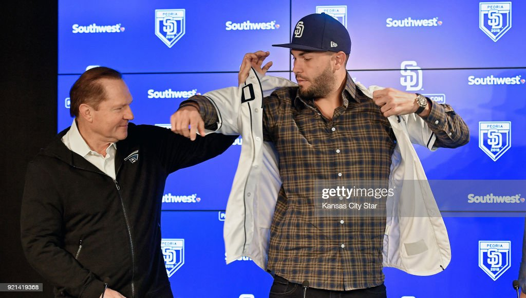 San Diego Padres Eric Hosmer Puts On His New Jersey With The Help Of
