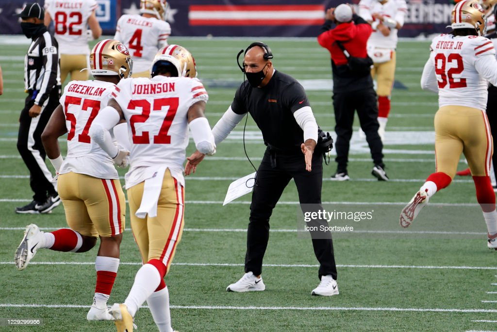 NFL: OCT 25 49ers at Patriots : News Photo