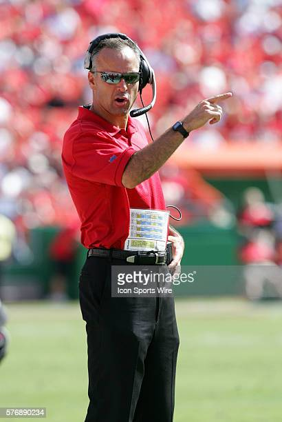 San Francisco 49ers Head Coach Mike Nolan gives direction from the sidelines during a game against the Kansas City Chiefs at Arrowhead Stadium in...