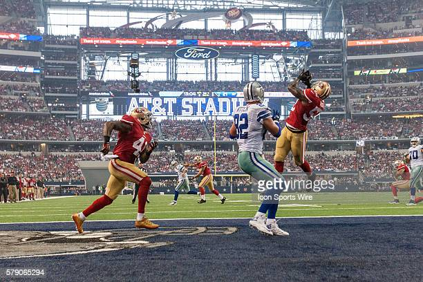 San Francisco 49ers Linebacker Patrick Willis [9369] intercepts a pass in the endzone during the NFL season opener football game between the Dallas...