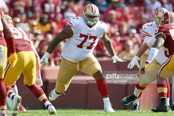 huge selection of 798d2 a9cd3 Trent Brown American Football Player Premium Pictures ...