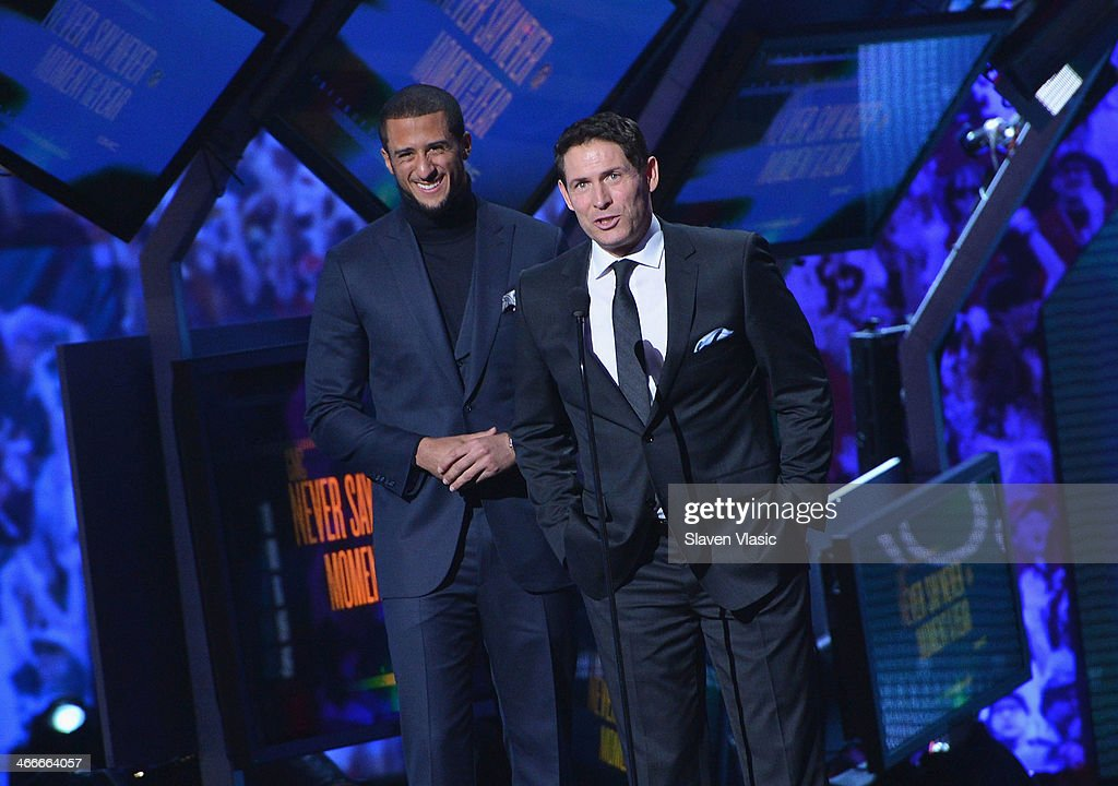 San Francisco 49ers quarterback Colin Kaepernick (L) and former San Francisco 49ers quarterback Steve Young attend the 3rd Annual NFL Honors at Radio City Music Hall on February 1, 2014 in New York City.