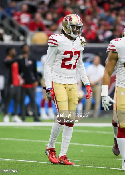 San Francisco 49ers strong safety Dexter McCoil approaches the line of scrimmage during the NFL game between the San Francisco 49ers and Houston...