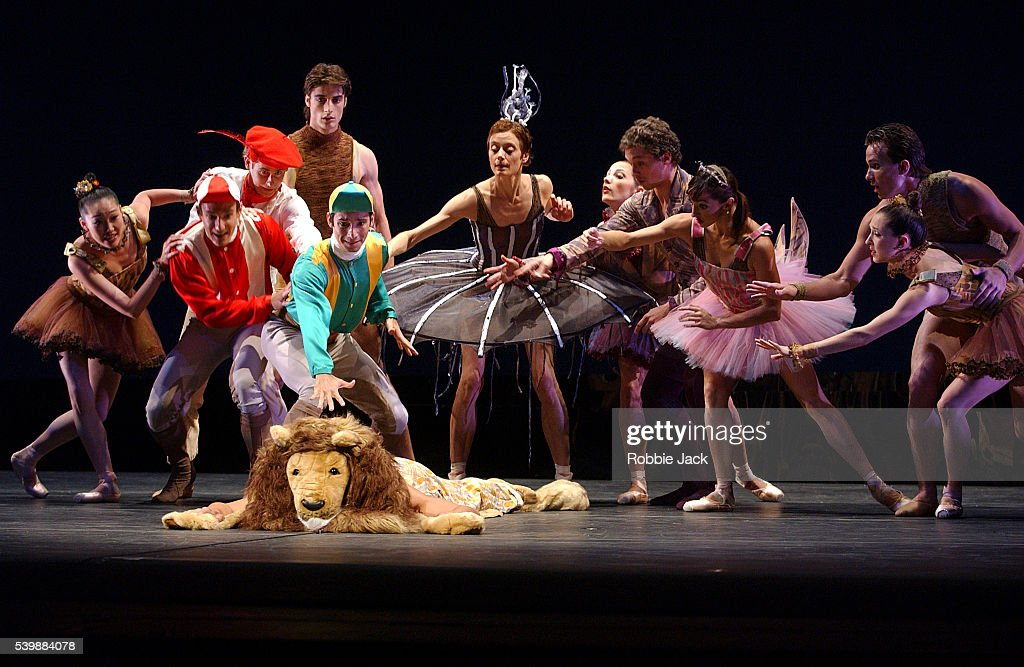 San Francisco Ballet Company In Le Carnaval Des Animaux