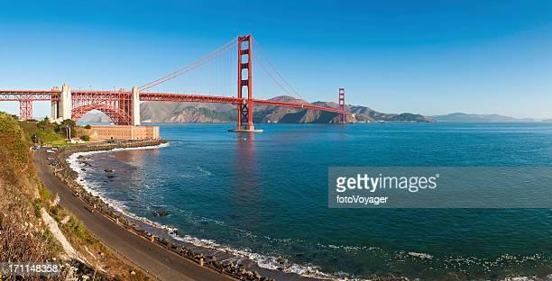 Baie de San Francisco, Golden Gate Bridge, sunrise Promontoire de Marin en Californie