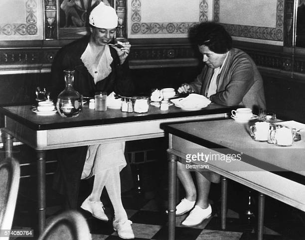 Mrs FD Roosevelt and her secretary Lorena Hickok dining at a modest restaurant