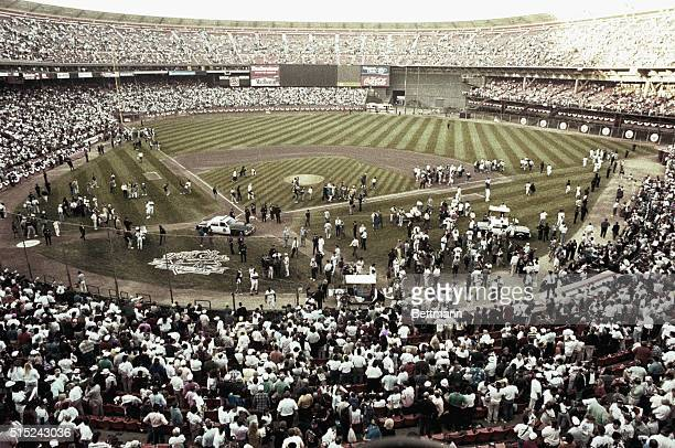 San Francisco, California: Candlestick Park after an earthquake cancelled game 3 of the World Series 10/17.