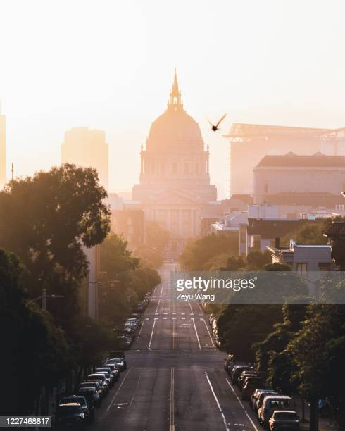 san francisco city hall sunrise - wang he stock pictures, royalty-free photos & images