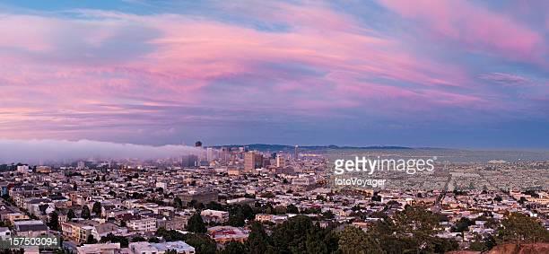 San Francisco downtown skyline beautiful pink twilight city panorama California