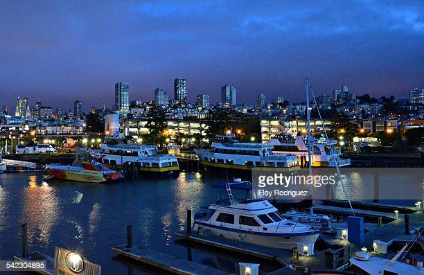 san francisco port view - fishermans wharf stock pictures, royalty-free photos & images