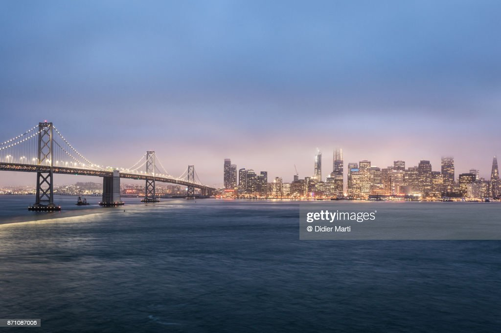 San Francisco skyline and the San Francisco Auckland bay bridge view from Treasure island : Stock Photo