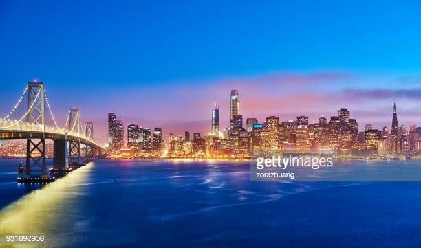 san francisco skyline at sunset, california, usa - oakland california skyline stock pictures, royalty-free photos & images