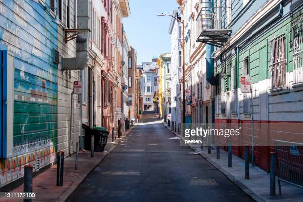 """san francisco streets - telegraph hill - """"peeter viisimaa"""" or peeterv stock pictures, royalty-free photos & images"""