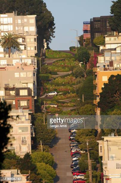 san francisco's lombard street - lombard street san francisco stock pictures, royalty-free photos & images